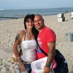Andre Hartmann und seine Freundin Jessica Sommer, die ebenfalls menschenverachtende Ideologie verbreitet