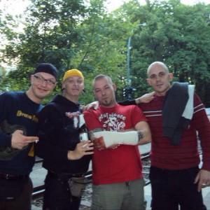 Ein neonazistischer Freundeskreis: Tom Singer, Christian und Marko Helmstedt sowie Ronny Schapkowski (v.l.n.r.)